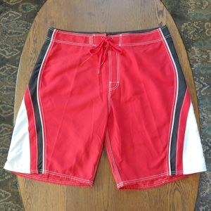 Beach Rays red board shorts swimming size 38